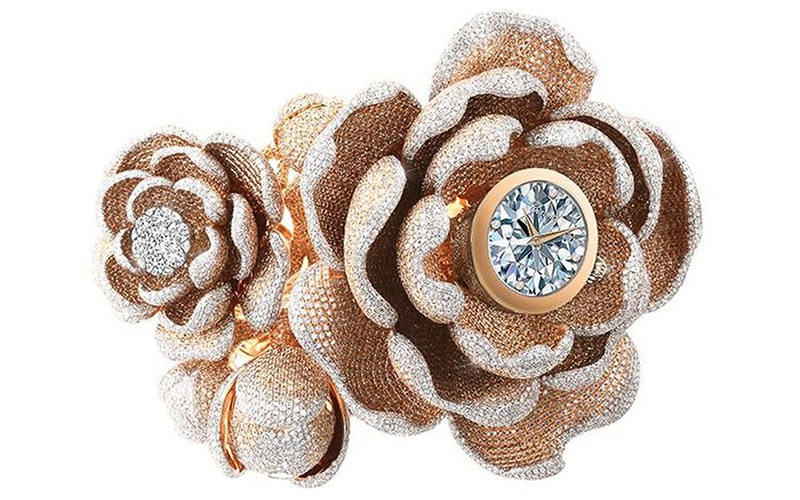 See video of this 15,858-diamond world record watch!